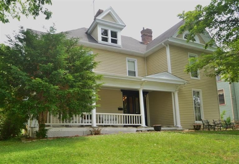 261 S Main St, Winchester, KY