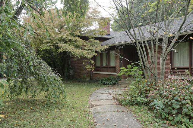 1630 Ashwood Rd, Lexington KY 40502