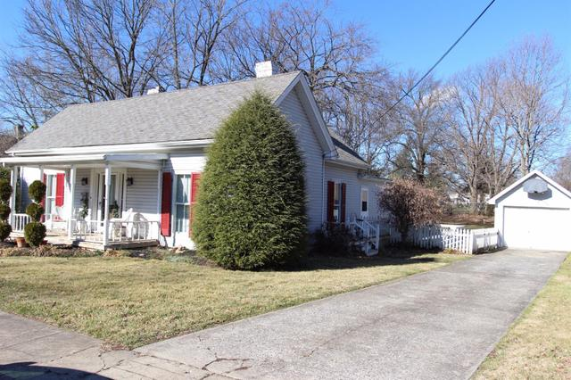 115 Montgomery Ave, Versailles, KY