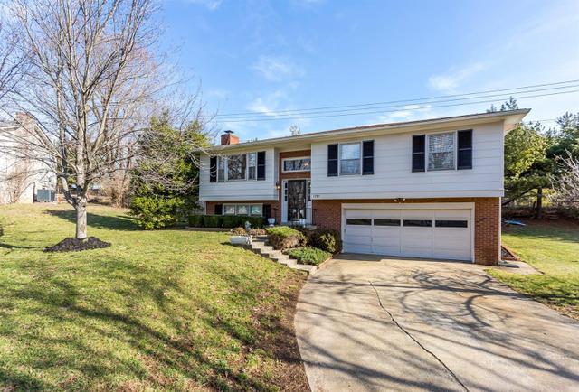 1791 Hopemont Ln, Lexington KY 40503