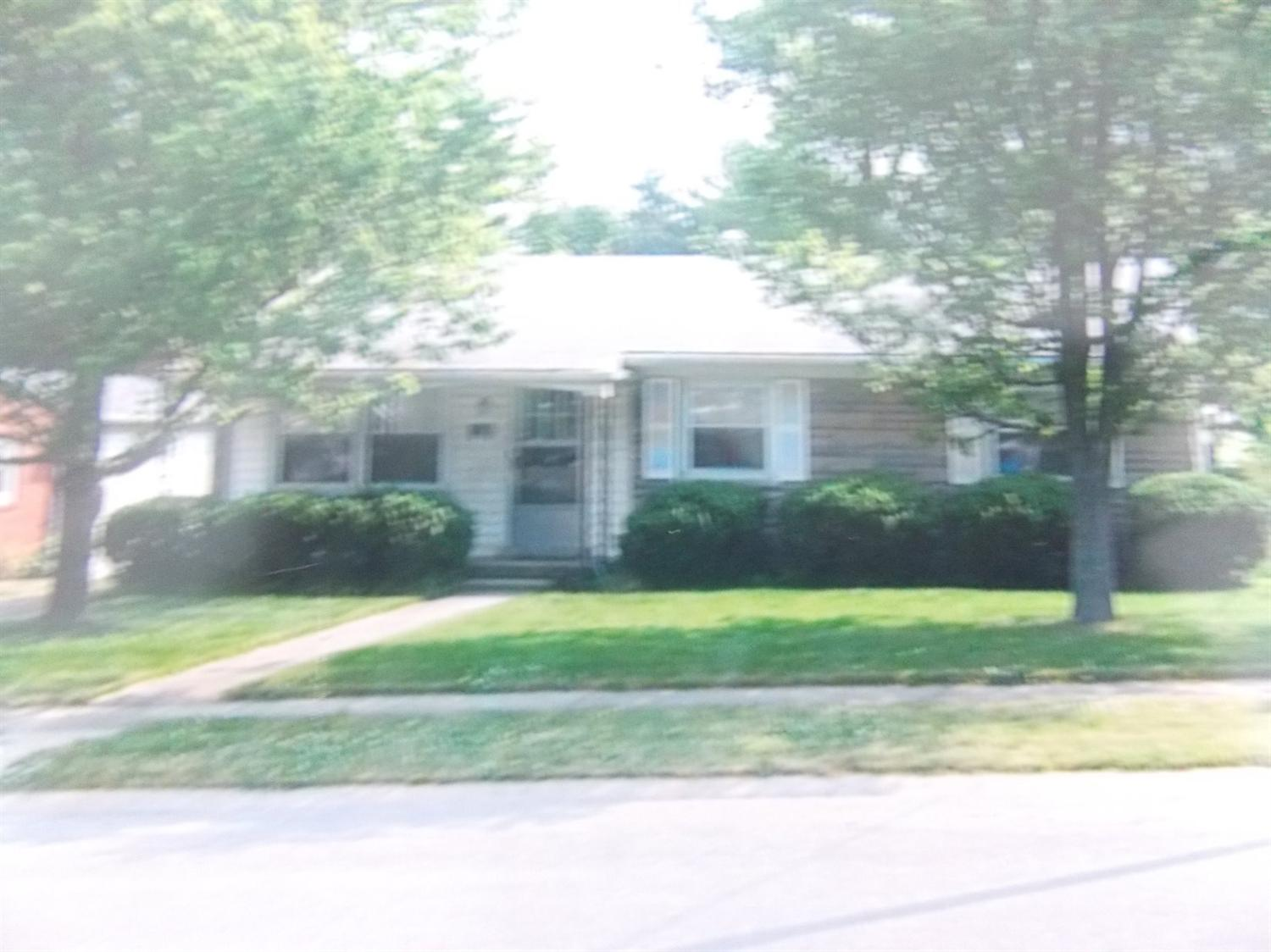 423 Duell Dr, Versailles, KY