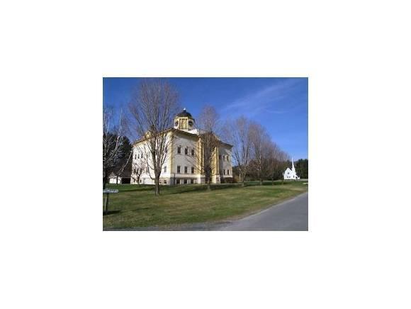 28 Academy St #1, Franconia, NH 03580