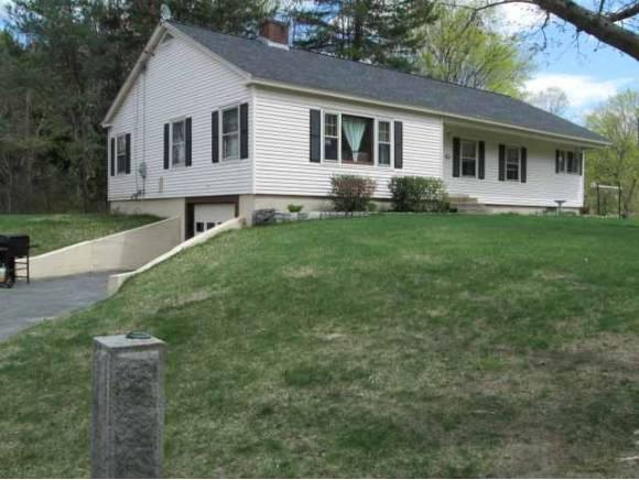 40 Mckinley Cir, Marlborough, NH 03455