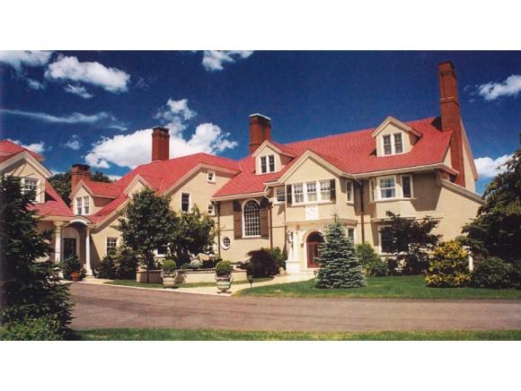 34 Willow Avenue, North Hampton, NH 03862
