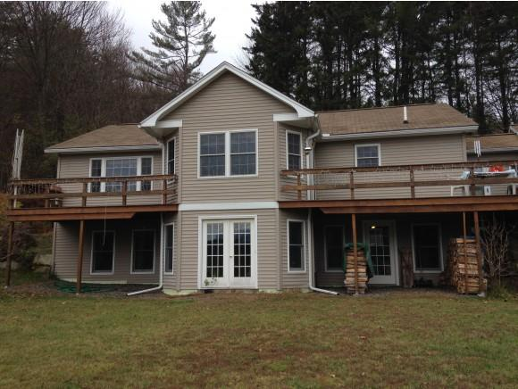 23 Point Of View Dr, Littleton, NH 03561