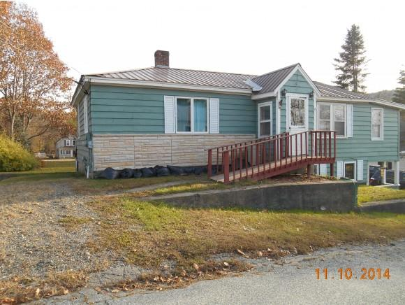 9 First St, Claremont, NH 03743
