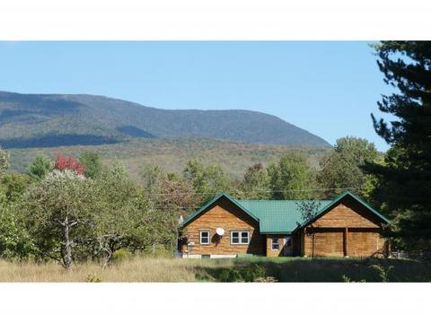 271 Pleasant Valley Rd, Lancaster, NH 03584