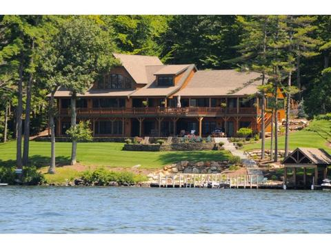 230 Edgewater Dr, Gilford, NH 03249