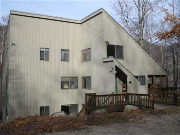33 Governors Ln, Lincoln, NH 03251