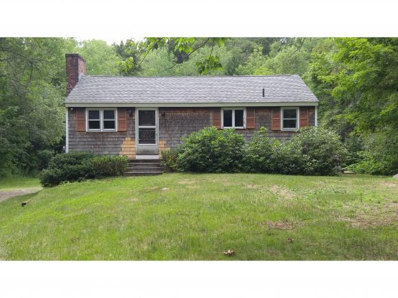 262 Pine Hill Road Rd, Wolfeboro, NH 03894