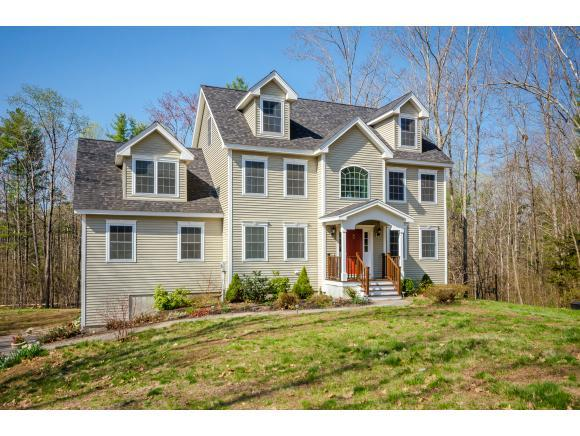 16 Overlook Dr, Newfields, NH 03856