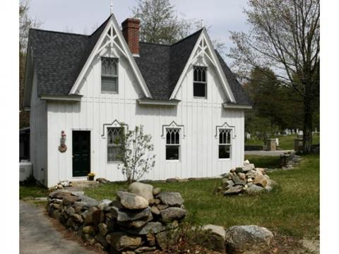 871 Bunker Rd, New London, NH 03257
