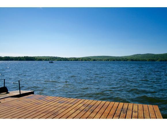 56 Lake Shr, Strafford, NH 03884