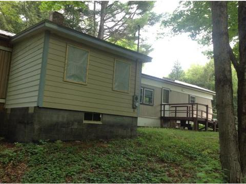 123 Twin Brook Rd, Chesterfield, NH 03443