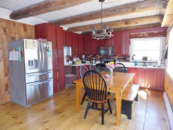 33 Southview Loop, Conway, NH 03813