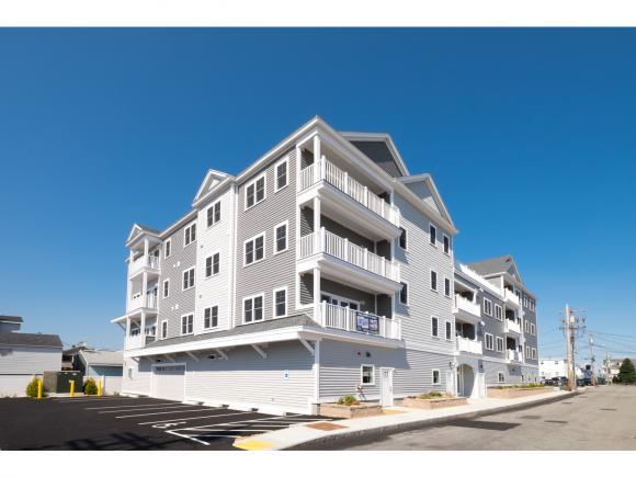 20 N St #305, Hampton, NH 03842