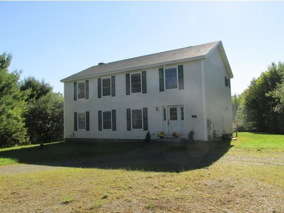 22 Fieldstone Acres Rd, Whitefield, NH 03598