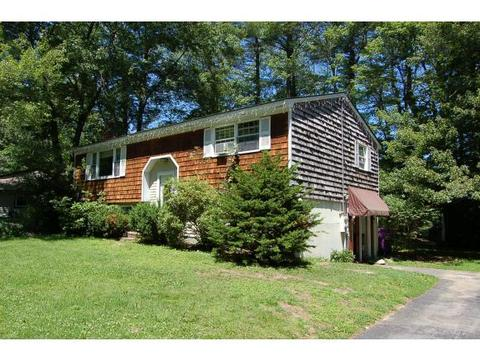3 Shannon Ct, Newport, NH 03773