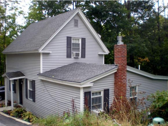 8 High St, Wolfeboro, NH 03894