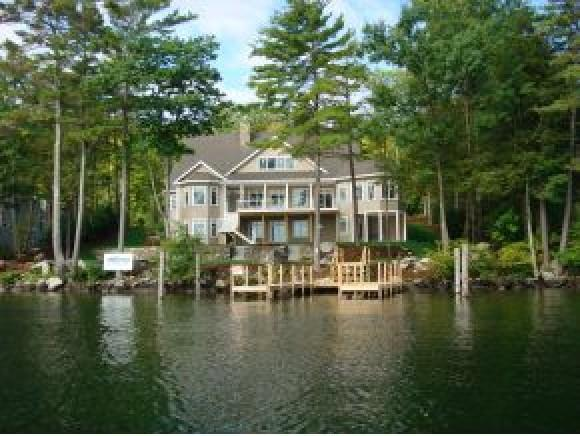 554 Edgewater Dr, Gilford, NH 03249