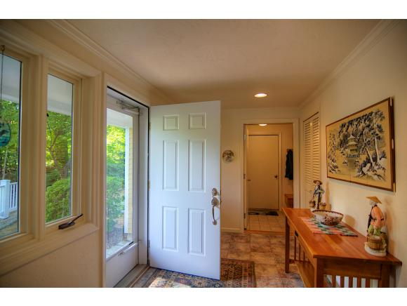 27 Grouse Hollow, Meredith, NH 03253