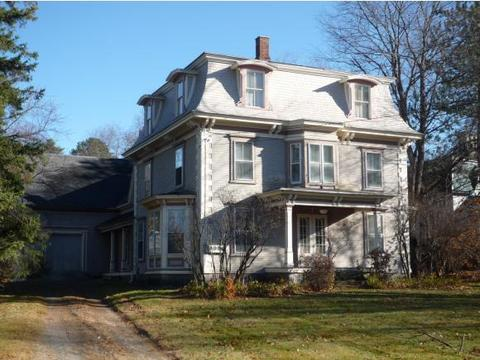 33 Jefferson Rd, Whitefield, NH 03598