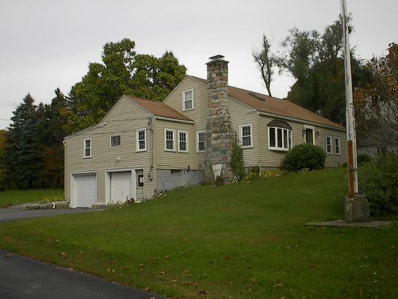 590 Portland St, Rochester, NH