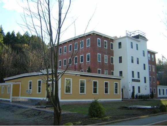 410 Union St #410, Peterborough, NH 03458