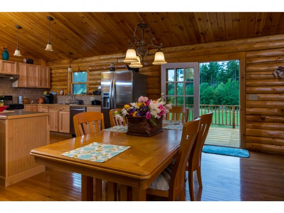 104 Little River Road, Twin Mountain, NH 03595