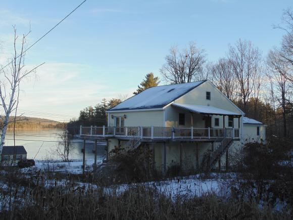100 Governor Wentworth Highway, Tuftonboro, NH 03816