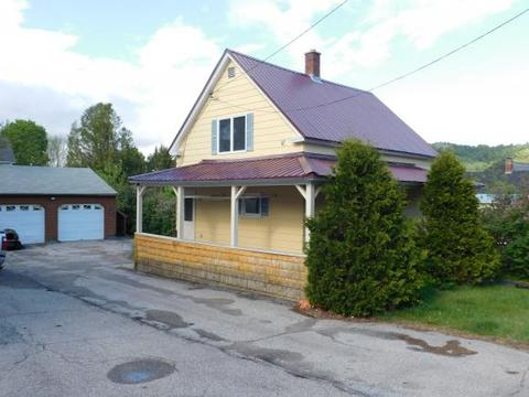6 Second St, Gorham, NH 03581