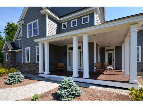 26 Lilac Court, Bedford, NH 03110