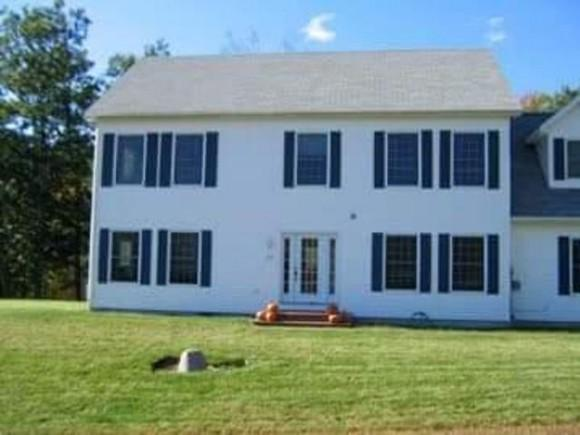 47 W Side Dr, Haverhill, NH 03774