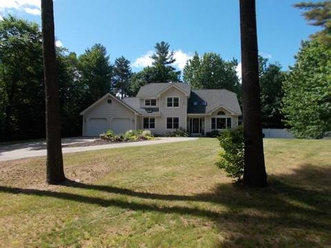 61 Cove Rd, Conway, NH 03818