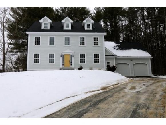 14 Manchester Rd, Amherst, NH 03031