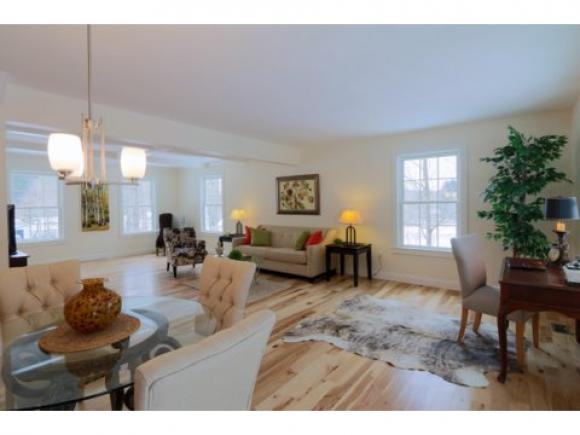 14 Manchester Road, Amherst, NH 03031