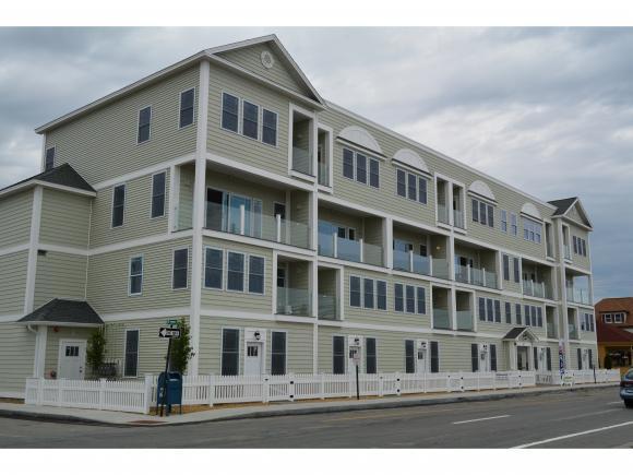 33 Ocean Blvd #9, Hampton, NH 03842