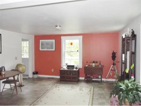 180 E Side Road, Wentworth, NH 03282