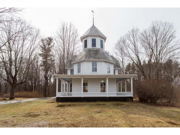 18 Pleasant St, Epping, NH 03042