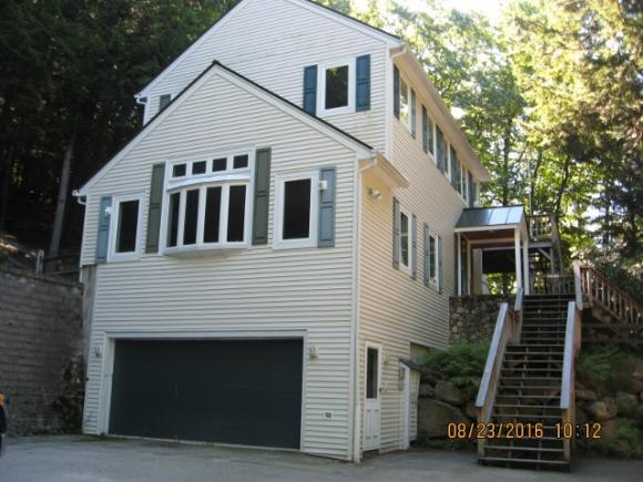 1049 Lake Ave, Sunapee, NH 03751