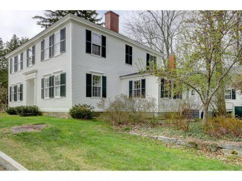 77 Main St, Francestown, NH 03043