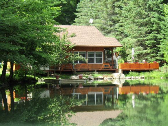218 Fish Pond Rd, Columbia, NH 03576