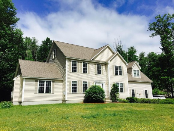 132 N Shore Rd, Derry, NH 03038