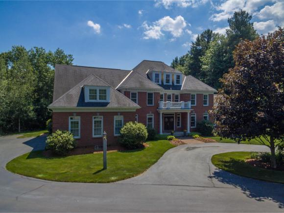 10 Willowbrook Ct, Bedford, NH 03110