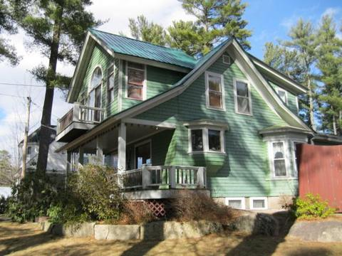 223 Seavey St, North Conway, NH 03860