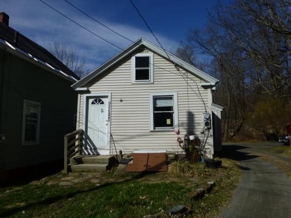 11 Stearns Ct, Hinsdale, NH 03451