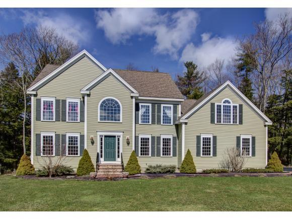 45 Eleanors Way, Brentwood, NH 03833