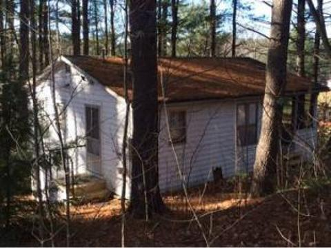 87 Old Stage Rd, Wakefield, NH 03872
