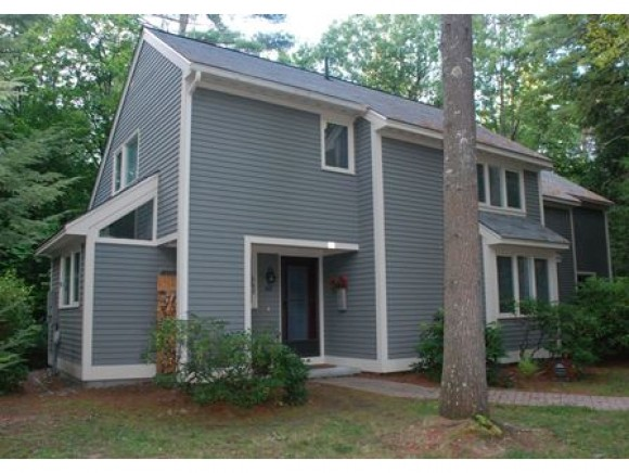 40 Point Breeze Road #40, Wolfeboro, NH 03894
