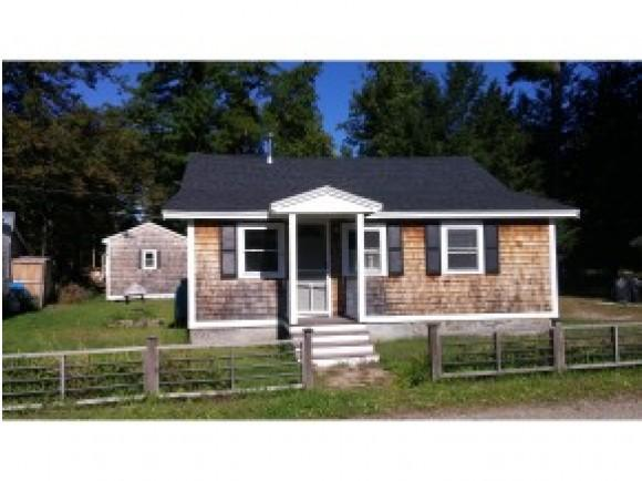 612 Collettes Grove Rd, Derry, NH 03038